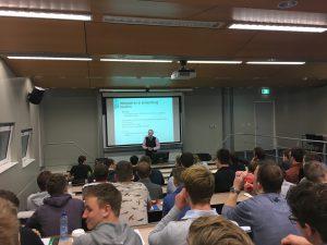 Studenten van Windesheim volgend het college Kwaliteitsborging